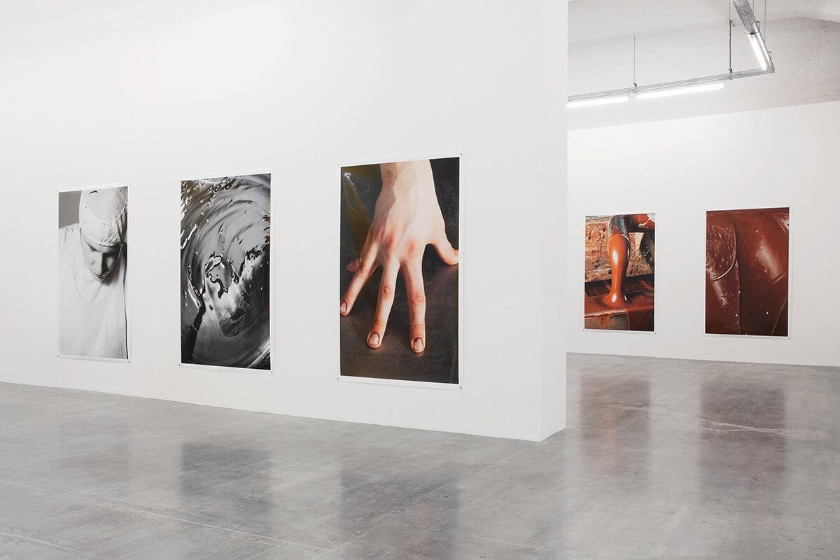 Un-Scene III, Wiels, Brussels, 2015<br /> archival pigment prints on glossy paper, 223 x 152 cm<br /> Foto: Sven Laurent