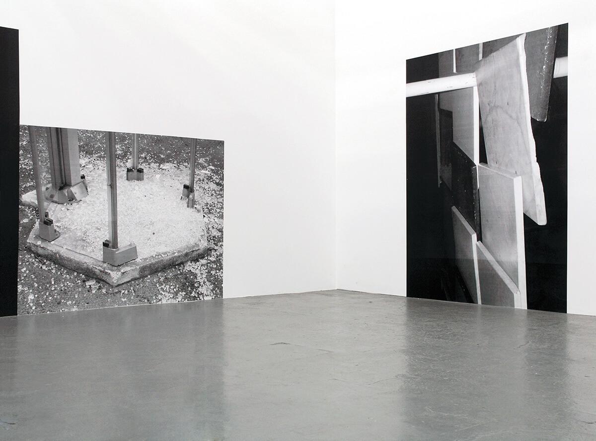 Cornerville, Galerie b2_, Leipzig 2007<br /> Xerox prints, wallpapered, 164 x 220 cm, 280 x 210 cm