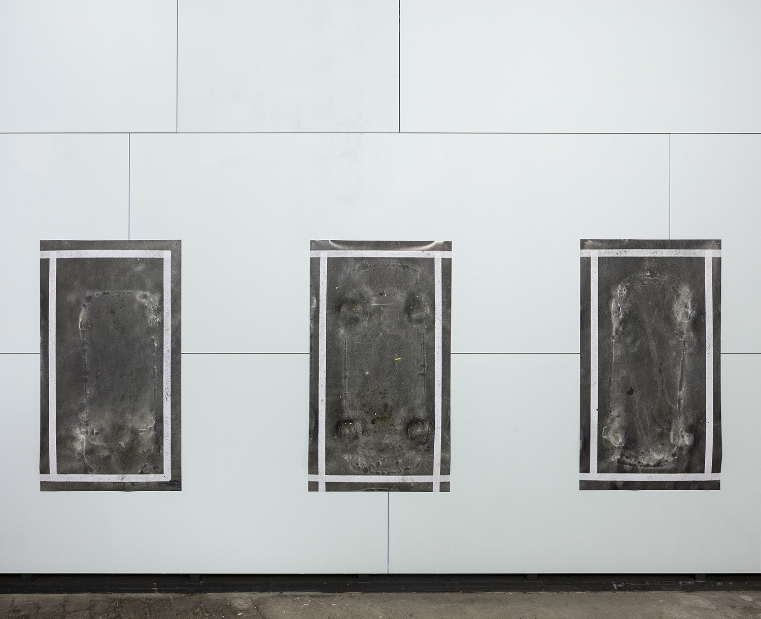 Close in open, Parking # 4-6, pigment prints, 140 x 80 cm, 2019<br />